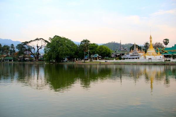 Mae Hong Sons Beautiful Lake