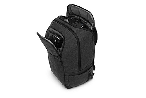 Incase DSLR Pro Pack Review